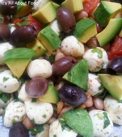 Bocconcini salad11