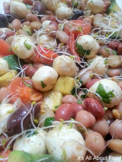 Bocconcini salad8