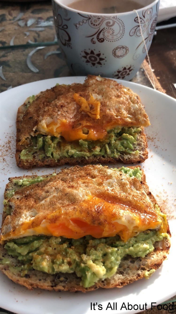 Smashed Avo Toast